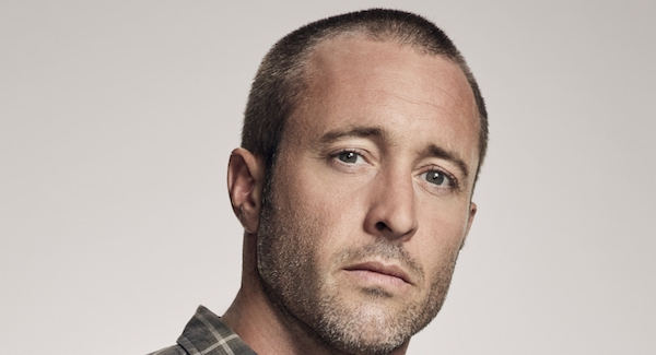 How big you are fan of Alex O'Loughlin? Quiz Test