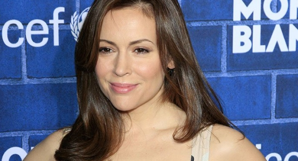 How much you know about Alyssa Milano?