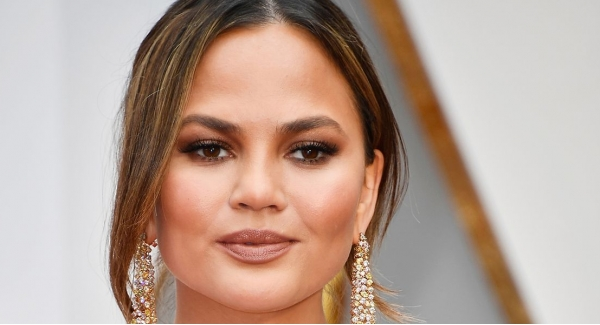 Which Chrissy Teigen face are you? Quiz