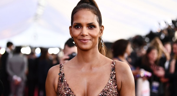 How well do you know about Halle Berry Quiz