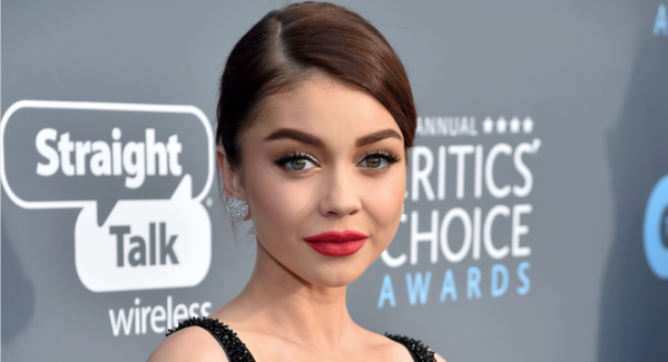 How well do you know about Sarah Hyland Quiz