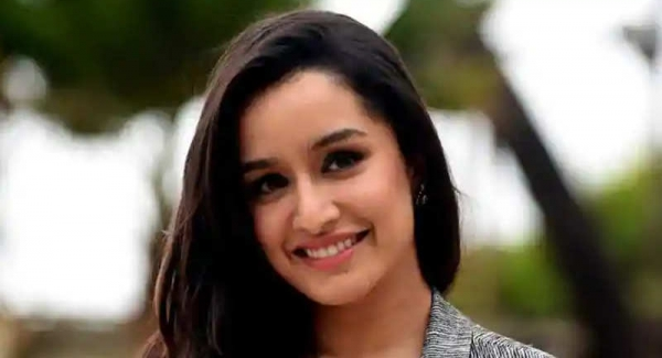 Shraddha Kapoor Quiz   How well do you know about Shraddha Kapoor Quiz