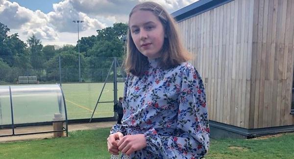 Isla Brewer Quiz   Bio, Birthday, Info, Height Family